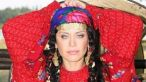 Loredana are colectii de bijuterii, peruci, haine si rochii ale Rodiei din  Mostenirea  VIDEO EXCLUSIV