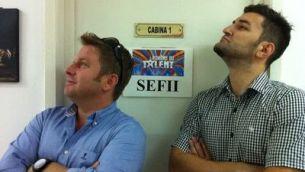 "Smiley si Pavel Bartos - sefii de la <span style=""color: rgb(255, 0, 0);"">""Romanii au talent""</span>! Vezi ce a postat Smiley pe Facebook!"