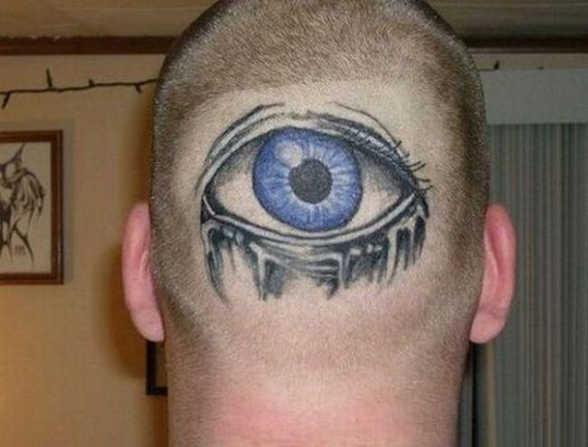 Imagini ciudate cu tatuaje-ochi FOTO