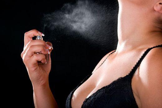 seksualnaya-devushka-zahotela-intima-i-vspomnila