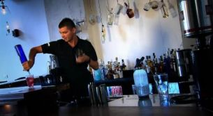 """Valentin Luca: """"Nimeni nu se astepta sa vada un barman la Romanii au talent"""". <span style=""""color:#b22222;"""">Vino si tu la preselectii in Bucuresti pe 29 octombrie!</span>"""