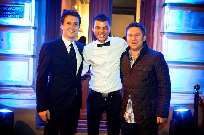 Luca Valentin, finalistul de la  Romanii au talent  si-a deschis oficial barul
