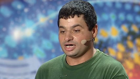 """L-a facut pe Pavel Bartos sa sara in sus de ras la preselectiile ROMANII AU TALENT cu un """"spot publicitar"""" de senzatie"""