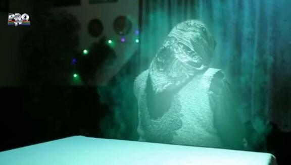Vezi aici ultimul episod din  Las Fierbinti , COMEDIE PURA. Cum dispare o fantoma: ramane fara semnal! VIDEO
