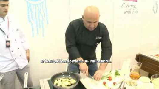 Chef Catalin Scarlatescu, IN ACTIUNE! Pentru ce vedete de top gateste si de ce are emotii