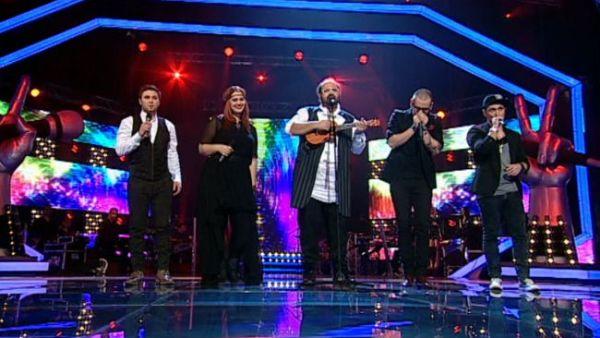 Vizi Imre, duet cu patru vedete, in loc de una singura. Probabil, cea mai reusita improvizatie dintr-un show LIVE