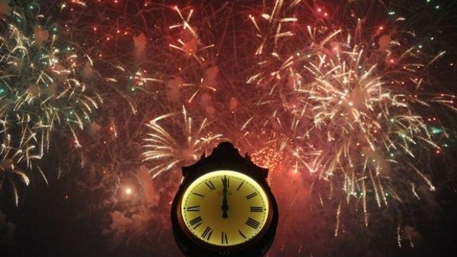 Mesaje amuzante de Anul Nou. Cele mai haioase urari pentru Revelion 2013