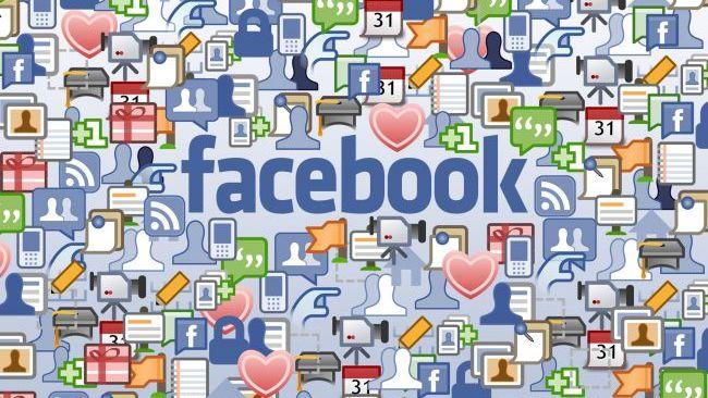 Mesaje de Anul Nou pe Facebook. Aplicatia lansata pentru Revelion 2013