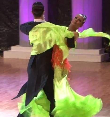 Alina, sora lui Mihai Petre, o tanara frumoasa si talentata.  E o dansatoare foarte buna, pot spune ca e pe val , afirma juratul