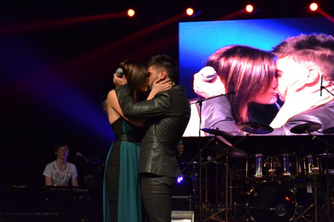 Alina Eremia Dorian Popa sărut