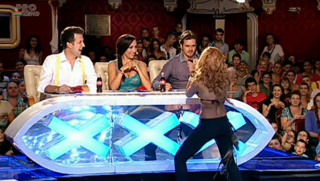 Shakira de Romania a oferit un moment intens la  Romanii au talent . Mihai Petre, fascinat:  Mie imi plac fetele rele!