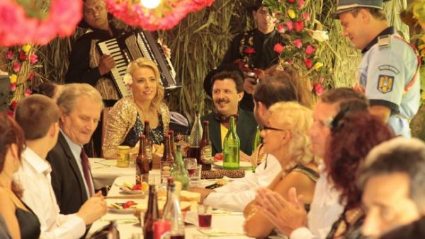 "Monica Davidescu isi face aparitia astazi in ""Las Fierbinti"", de la 20:30"
