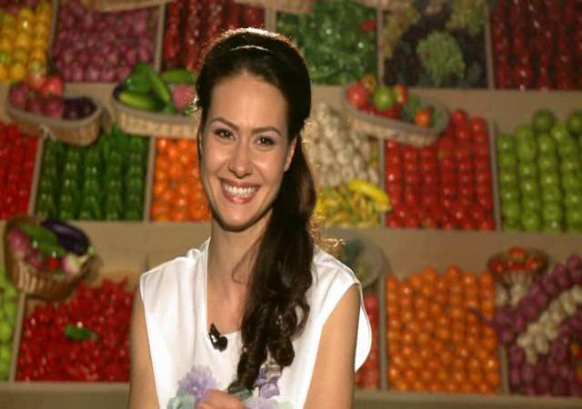 """Andreea Moldovan a pus ochii pe unul dintre actualii concurenti de la """"MasterChef"""": """"Imi place de el de nu mai pot"""": VIDEO"""