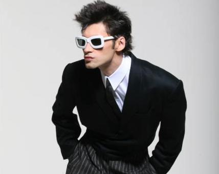 Dan Balan revine cu o noua piesa si un look mult mai cuminte. Cum suna ultimul single al celui mai cunoscut artist moldovean
