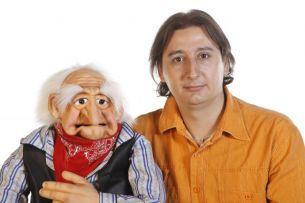 "Ventrilocul Eduard Andrei Sandu: ""Fratele meu m-a convins sa ma inscriu la 'Romanii au talent'"""