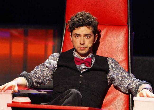 """Marius Moga, asa cum nu l-ai mai vazut niciodata. Juratul de la """"Vocea Romaniei"""" si-a schimbat spectaculos look-ul"""