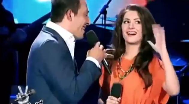 """Studenta care a cantat in duet cu Stefan Stan si-a schimbat numele si look-ul. Cat de diferita e la 2 ani de participarea la """"Vocea Romaniei"""""""