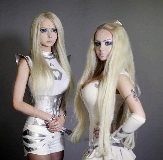 Femeia Barbie, victima unui atac. Valeria Lukynova risca sa isi piarda imaginea pe care a construit-o pana acum