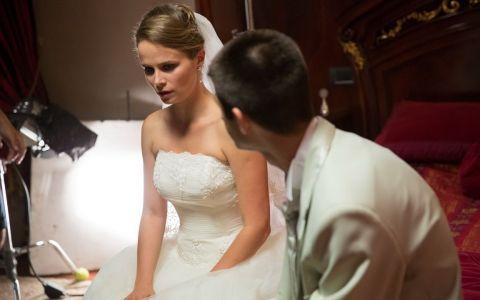 Alex Puica incheie  O saptamana nebuna  cu o nunta pe masura, azi, de la 21:30