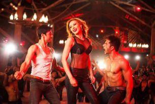 """Iulia Vantur danseaza ca la Bollywood, vineri, de la 16.00, la """"Idoli la Maruta"""""""