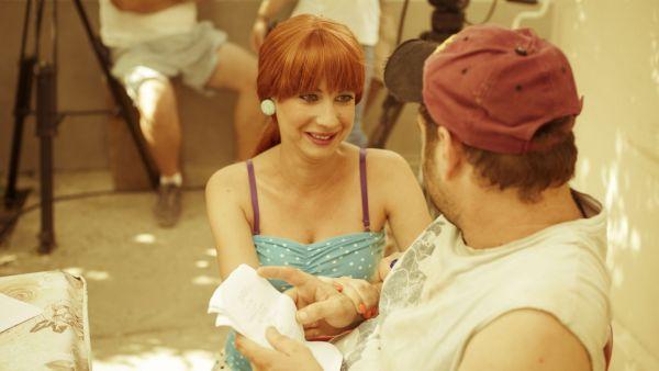 """Astazi, de la 20:30, Aspirina se marita, iar Giani isi pierde talentul la combinatii, intr-un nou episod al serialului """"Las Fierbinti"""""""