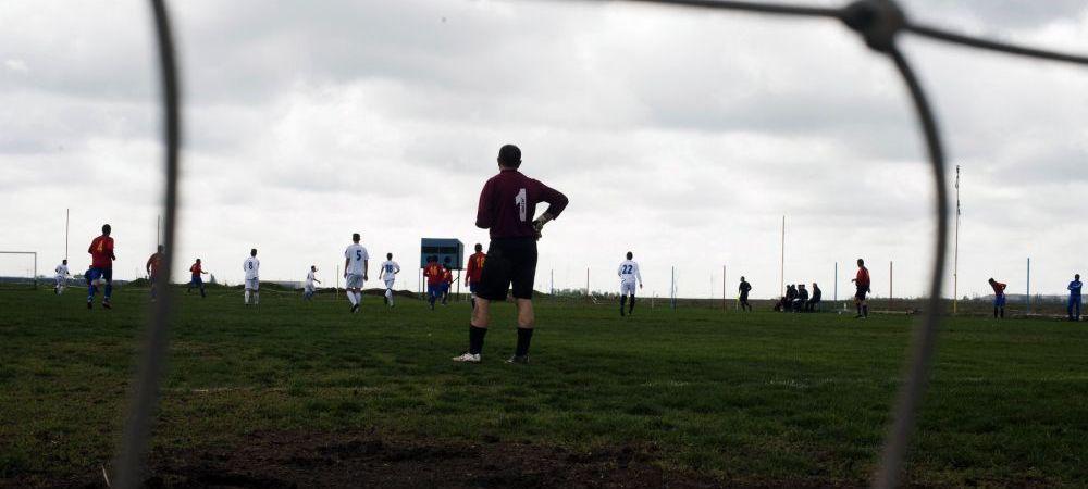 Portarul de fotbal cu o singura mana. New York Times a venit in Romania sa scrie despre echipa lui dupa un articol www.sport.ro