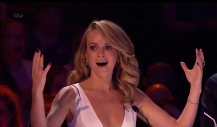 La un pas pe moarte pe scena. Darcy Oake a reusit un numar de infarct in finala  Britain s Got Talent . Cu greu poti privi prestatia lui