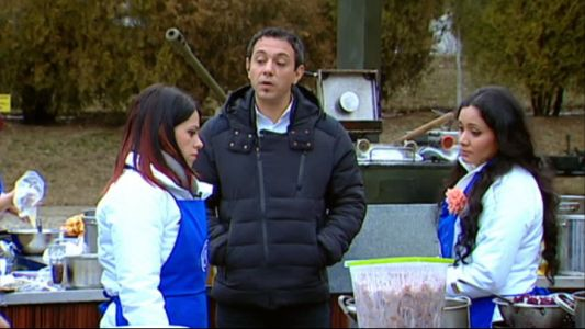 "Echipa albastra a ramas fara pulpe de pui, asa ca a venit cu o idee de neconceput. Chef Sorin s-a enervat la culme: ""E o mizerie"""