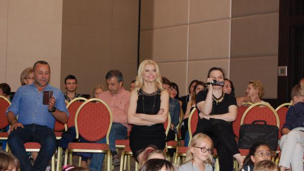Loredana a sustinut primul workshop pentru scoala sa de muzica!