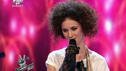"""Iti mai aduci aminte de Alexandra Craescu de la """"Vocea Romaniei""""? Artista s-a reinventat complet si are o super piesa: """"Tu si eu"""""""