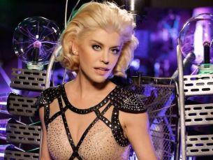 """Loredana si-a schimbat spectaculos look-ul, spre incantarea fanilor sai: """"Semeni cu Miley Cyrus aici"""". Cu ce aparitie de senzatie a impresionat"""