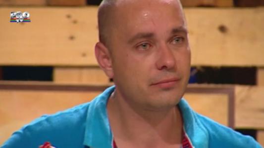 """""""Nu mi s-a mai intamplat asta niciodata"""". De ce a izbucnit in lacrimi un concurent la MasterChef"""