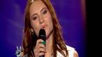 Alina Dorobantu, decolteu de senzatie la Vocea Romaniei. Bartos a fost impresionat:  De ce ai venit asa imbracata? Numai in ochii tai ma uit