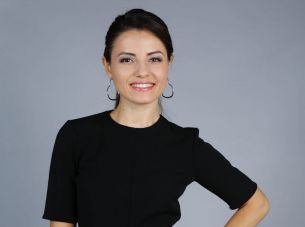 Alina Anusca