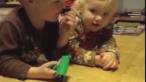 Ce se intampla cand copiii primesc cadouri urate de Craciun. Reactia de peste 1.000.000 de vizualizari