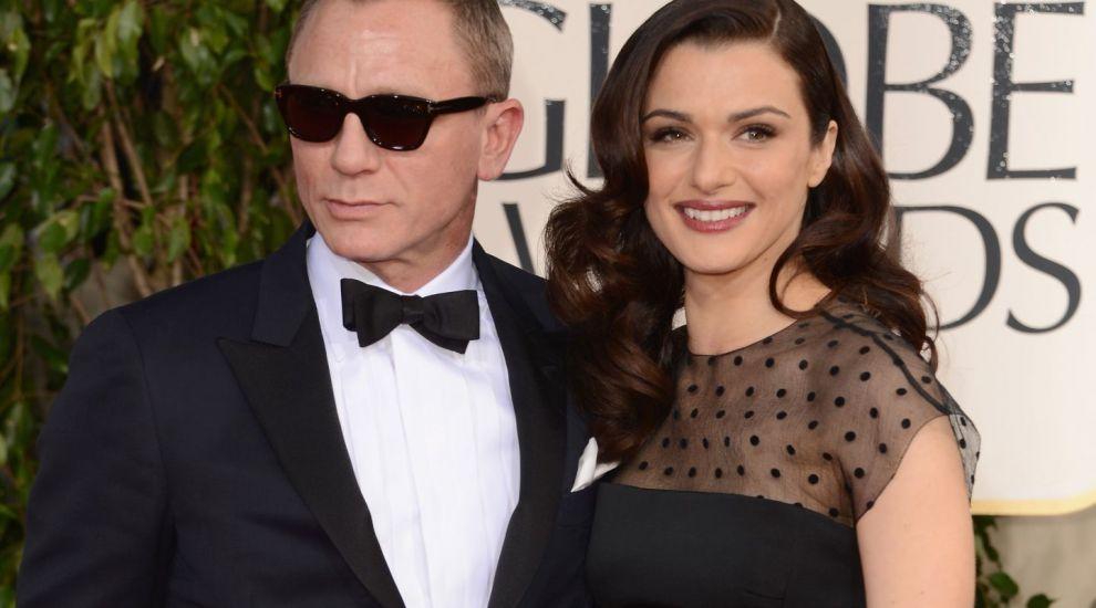 """""""Doamna James Bond"""", nemachiata si necoafata. Cum a fost surprinsa de paparazzi Rachel Weisz, sotia lui Daniel Craig"""