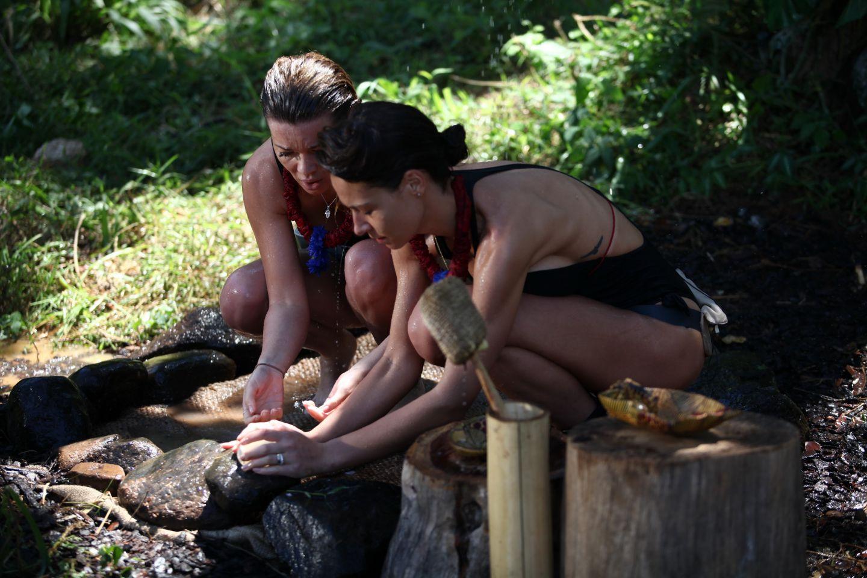 Comoara din cufar  le-a adus zambetul pe buze concurentilor din jungla! Ce s-a ascuns in interiorul lazii
