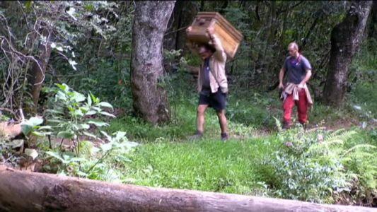 """Mihai Traistariu si Gabi Jugaru au participat la proba """"Comoara din cufar"""""""