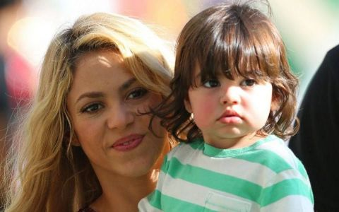 Shakira, surpriza pe placul fanilor. Cum arata micutul Sasha, in varsta de numai trei luni si cu cine seamana