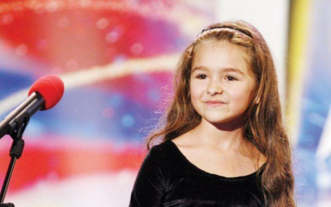 """Rebeca Neacsu, un copil cu un talent de exceptie. Ce mai face si cum arata acum """"printesa cu voce de aur"""""""