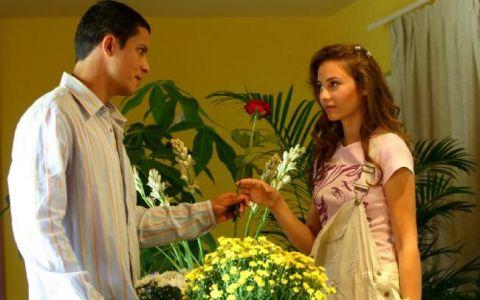 Iti mai aduci aminte de Maia din  Lacrimi de iubire ? Cum arata acum si cat de mult s-a transformat