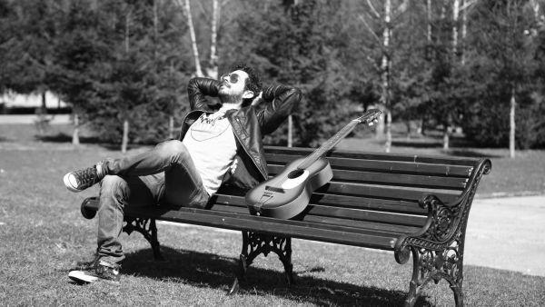 """Marius Moga lanseaza al 2-lea single din cariera – """"Suntem Pasari Calatoare"""" feat. Achi - VIDEO"""
