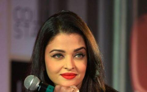 A trecut de la silueta de Miss World la plinuta si invers. Cum arata in prezent Aishwarya Rai