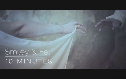 Smiley si Feli opresc timpul pentru 10 minute. Ai ascultat cea mai recenta piesa a celor doi. Da-i PLAY aici