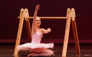 La prima vedere pare a fi doar o alta balerina pasionata, dar povestea ei depaseste orice imaginatie