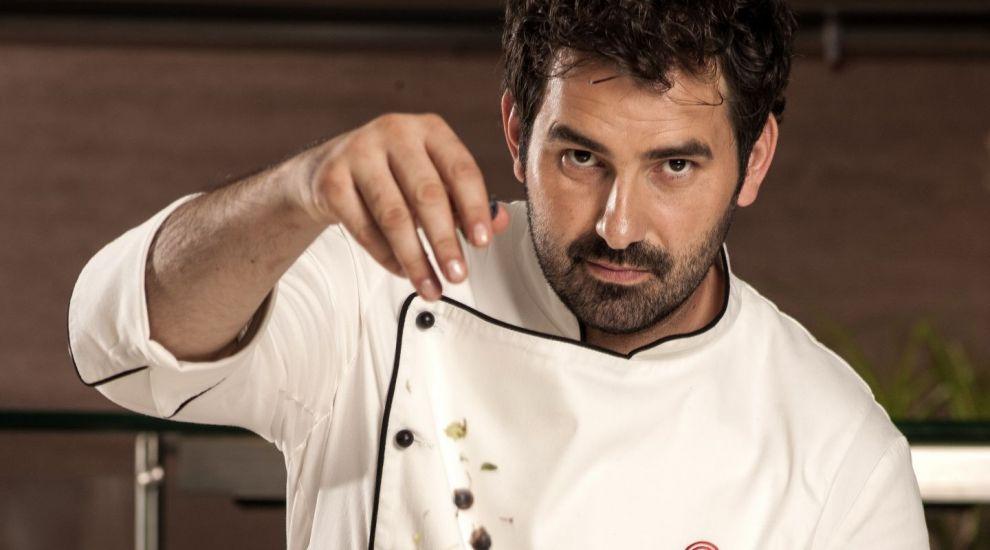 """Chef Adrian Hadean lanseaza proiectul """"Scoala de bucatari"""""""