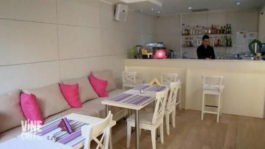 """Cum arata restaurantul """"Stile"""" dupa interventia lui chef Victor Melian"""