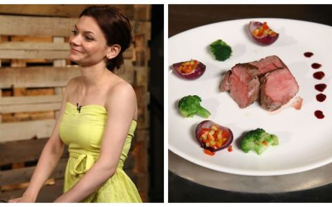 Reteta Ana-Maria Casu: Muschiulet de porc cu ceapa caramelizata umpluta cu legume