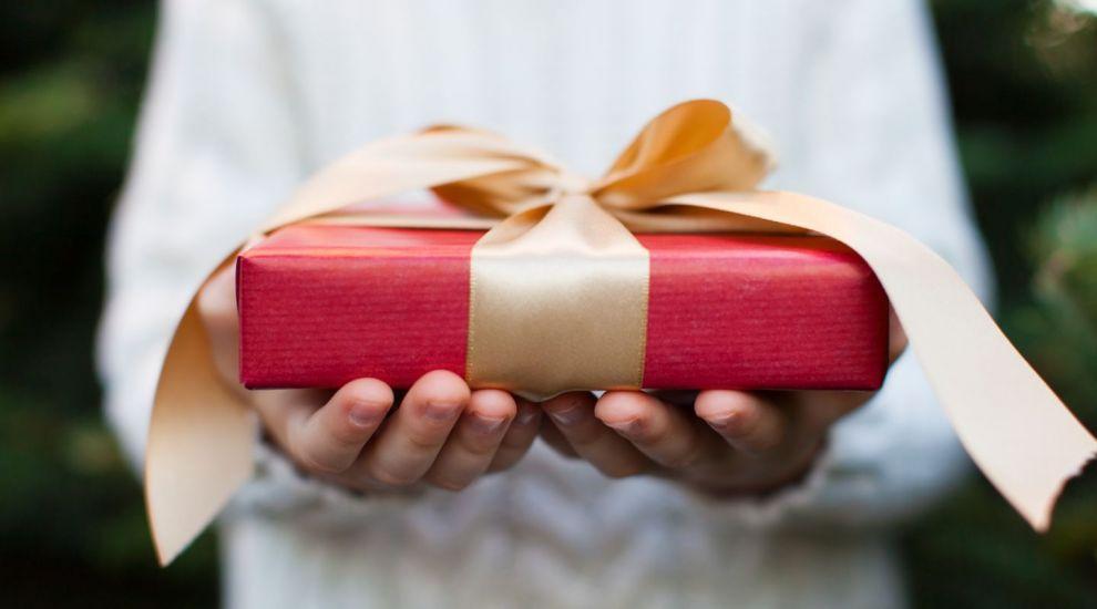 Tu ce cadouri faci anul acesta? Afla ce spun despre tine cadourile pe care le oferi