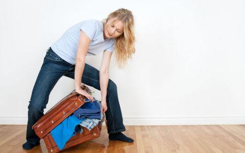 Ce cred barbatii vs ce cred femeile despre geanta unei femei?